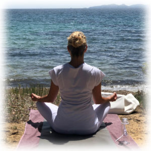 yoga-brunch-plage-pellegrin-cafe-leoube